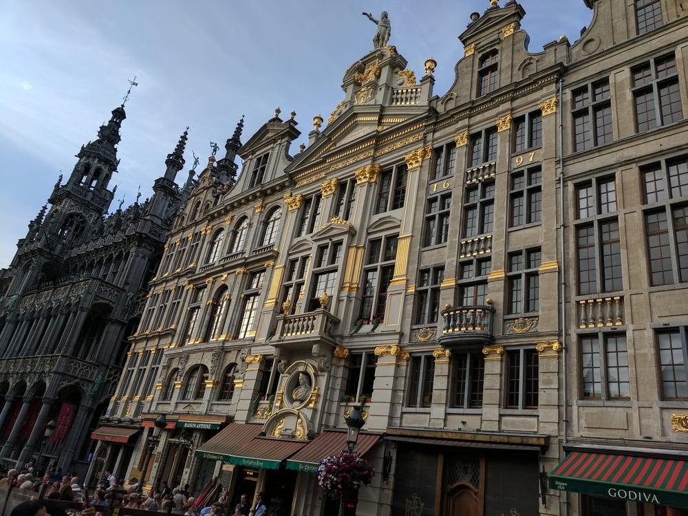 Brussels Grote Markt. Photo Credit: Angela Arnold